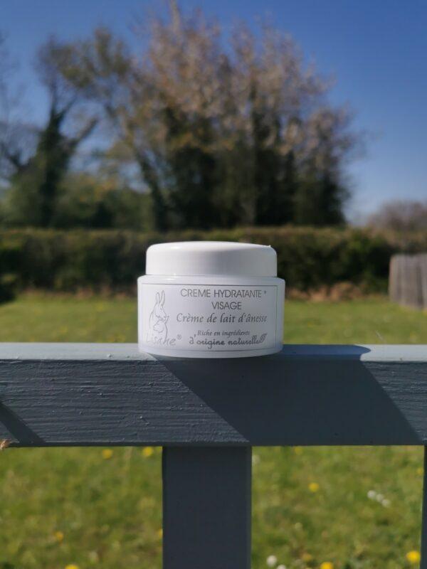 creme hydratante produits de beauté au lait d'ânesse